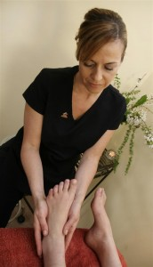 Aroma Swiss Foot Reflex - a deeply relaxing treatment for the feet bringing calm and well being to the whole body